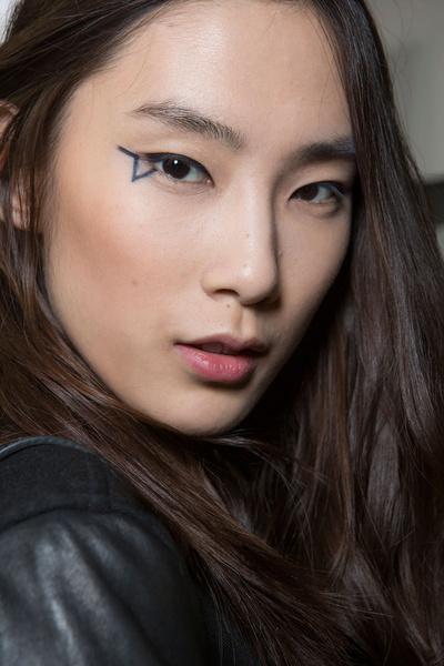 Бьюти-тренды всех Недель моды fw 2015 | галерея [1] фото [1] Anthony Vaccarello