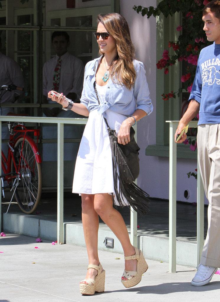 Smart casual: Джессика Альба