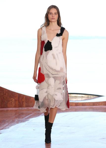 Показ круизной коллекции Dior в Каннах | галерея [1] фото [5]