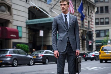 Gucci представляет минифильм в поддержку коллекции Men's Tailoring