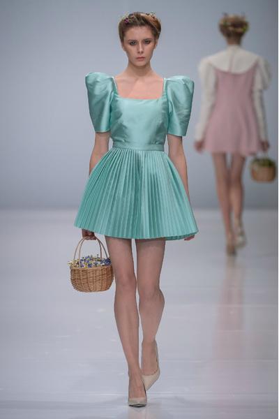Молодые дизайнеры на Неделе моды в Москве | галерея [1] фото [5]