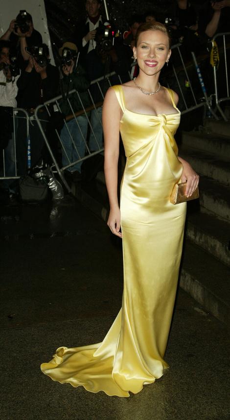 Желтый от Calvin Klein. Met Gala 2004