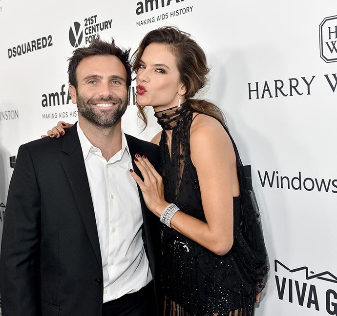 Алессандра Амбросио с супругом Джейми Мазуром