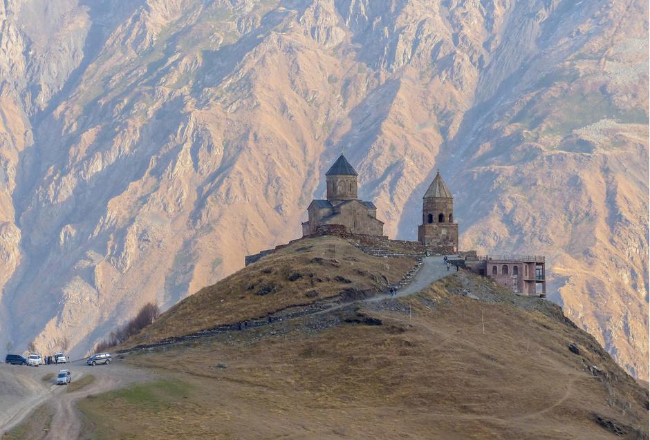 12. Троицкая церковь Гергети, Казбеги