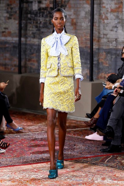 Дом Gucci представил новую круизную коллекцию 2016 | галерея [2] фото [25]