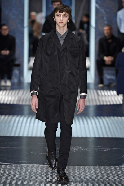 Бренд Prada представил на Неделе мужской моды в Милане сразу две коллекции | галерея [3] фото [9]