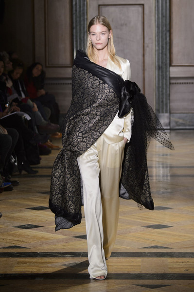 Самые красивые образы Недели моды в Нью-Йорке | галерея [1] фото [31]
