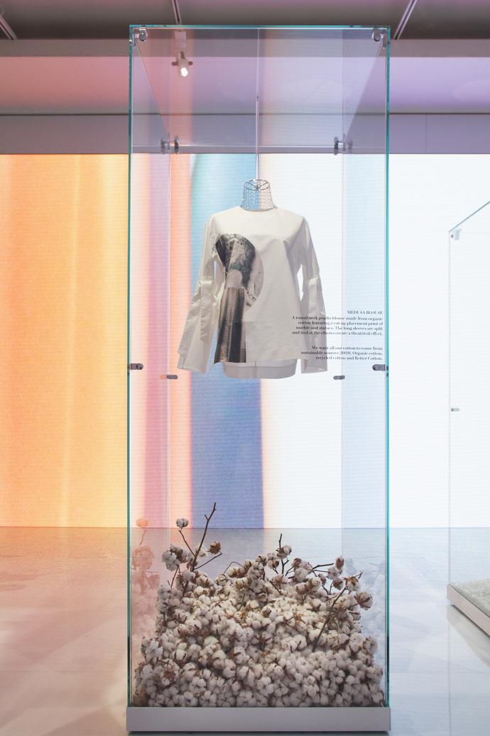 H&M представили новую коллекцию Conscious Exclusive в Париже