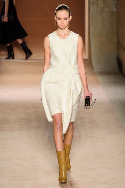 Показ Victoria Beckham на Неделе моды в Нью-Йорке | галерея [1] фото [15]