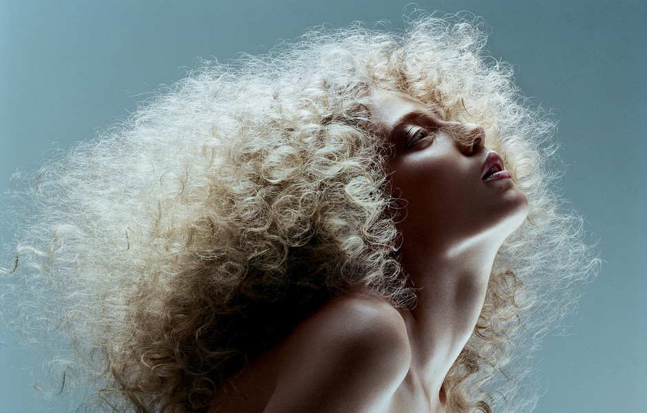 10 бьюти-средств, которые приструнят ваши волосы