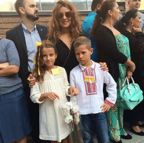 Жанна Бадоева с дочерью Лолитой