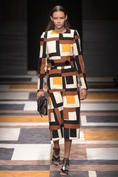 Неделя моды в Милане: 1 марта | галерея [2] фото [2]