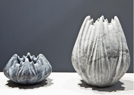 Мраморные вазы и столы от Захи Хадид | галерея [1] фото [5]