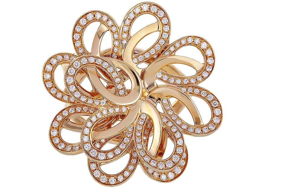 Кольцо Pétales Entrelacés, розовое золото, бриллианты, Montblanc, 298 700 руб.