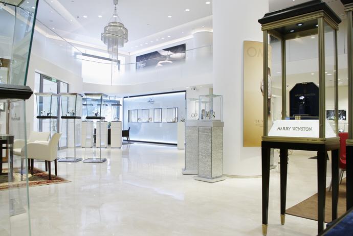На Петровке открылся мультибрендовый часовой бутик Tourbillon