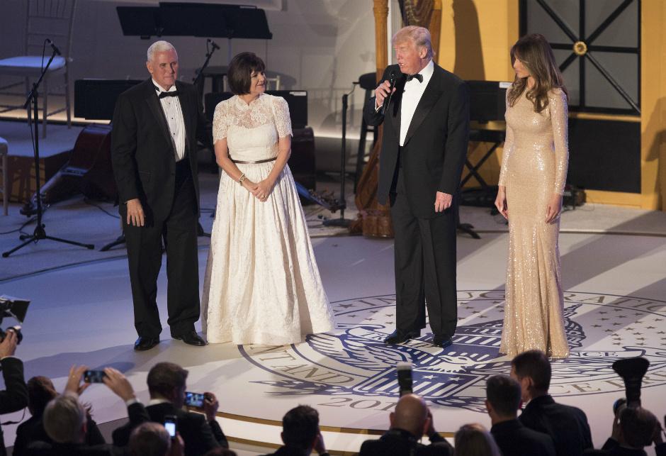 Вся семья республиканца прилетела вВашингтон— Инаугурация Трампа