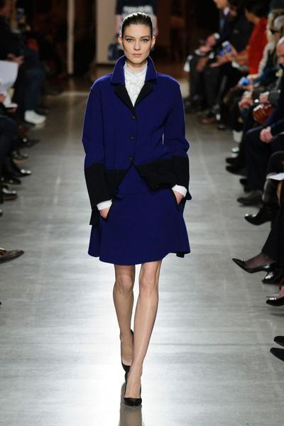Показ Oscar de la Renta на Неделе моды в Нью-Йорке | галерея [1] фото [35]
