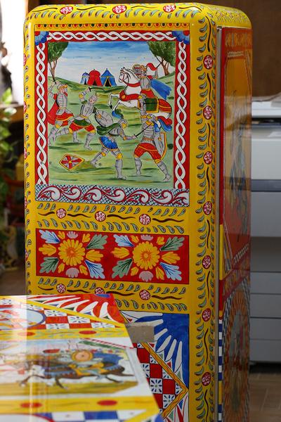 Сенсация: Холодильники от Dolce & Gabbana и Smeg | галерея [3] фото [9]