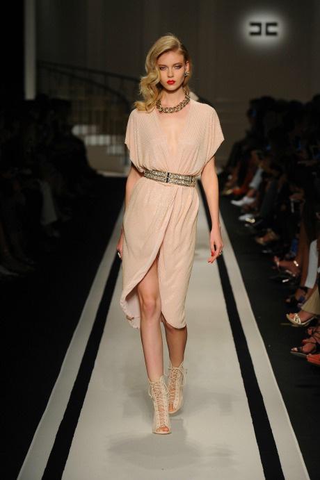 Леди Голливуд: Elisabetta Franchi представила коллекцию в Милане