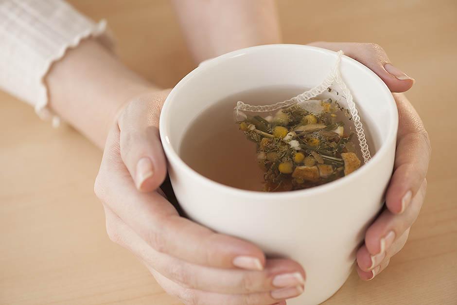 10. Ромашковый чай на ночь