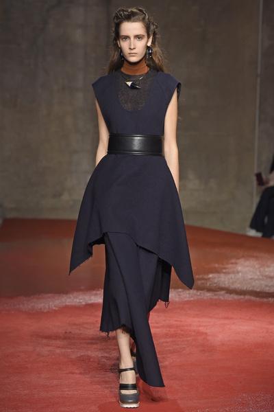 Неделя моды в Милане: 1 марта | галерея [1] фото [5]