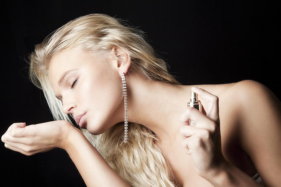Семь секретов женщин, которые всегда соблазнительно пахнут