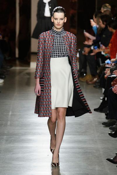 Показ Oscar de la Renta на Неделе моды в Нью-Йорке | галерея [1] фото [48]