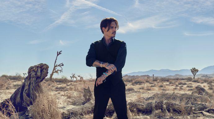 Джонни Депп в новом рекламном ролике аромата Dior Sauvage