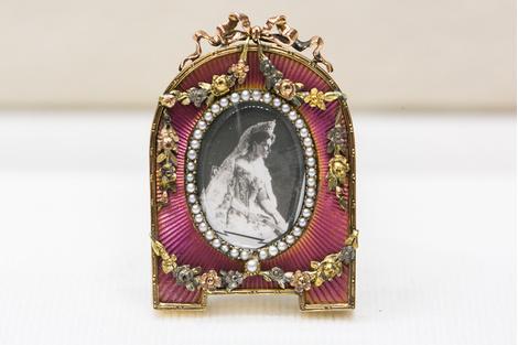 Выставка «Возвращенная история» в Музее Фаберже | галерея [1] фото [8]