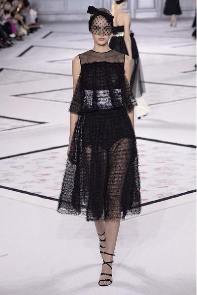 Показ Giambattista Valli Haute Couture | галерея [1] фото [1]
