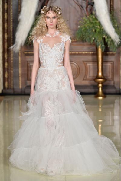 50 самых красивых платьев со Свадебной Недели Моды в Нью-Йорке | галерея [1] фото [40]