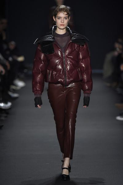 Лучшие показы Недели моды в Нью-Йорке: 16 февраля | галерея [2] фото [1]