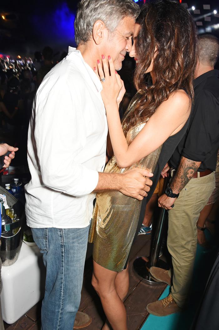 Джордж Клуни с супругой