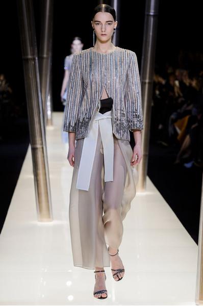 На Неделе высокой моды в Париже прошел юбилейный показ Giorgio Armani Prive | галерея [1] фото [8]