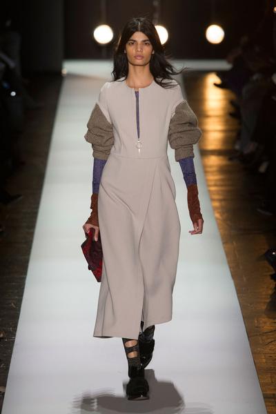 Самые красивые образы Недели моды в Нью-Йорке | галерея [1] фото [65]