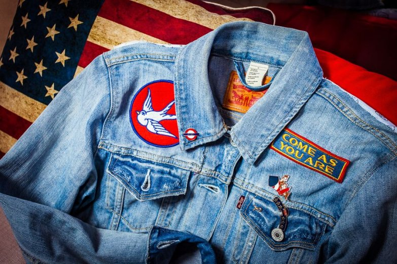 джинсы на прокачку: levi`s обновляет внешний вид одежды