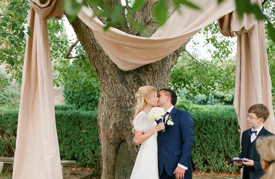 Как организовать свадьбу за границей?