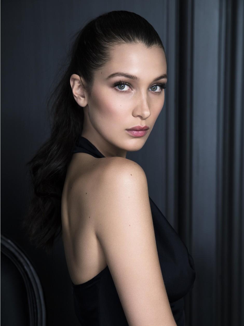 Dior представил первый ролик с участием Беллы Хадид