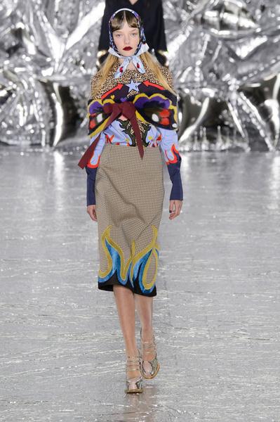 Самые красивые образы Недели моды в Лондоне | галерея [1] фото [56]