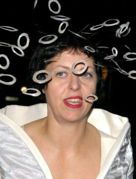 Выставка, посвященная стилю Изабеллы Блоу, пройдет в Лондоне