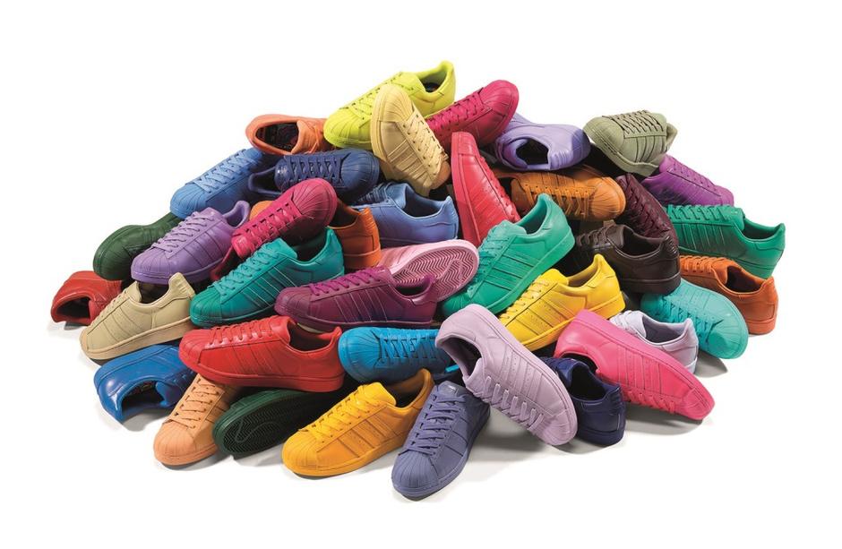 По всему миру стартовали продажи кроссовок adidas Originals Superstar Supercolor