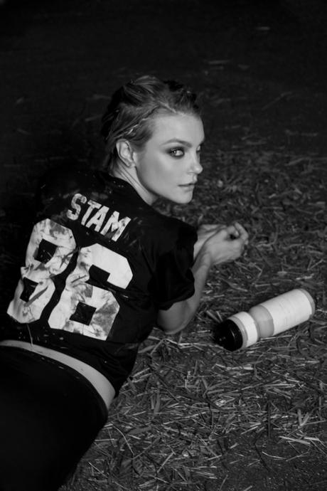 Джессика Стэм