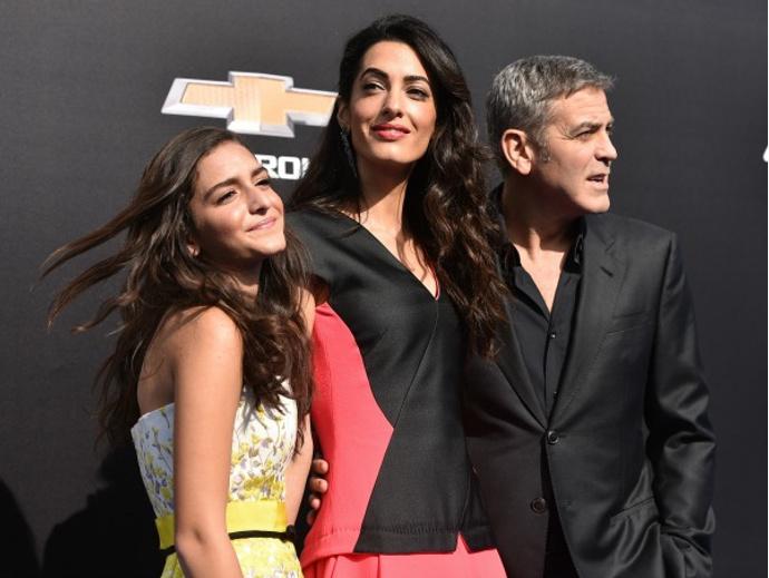 Джордж и Амаль Клуни с племянницей Мией
