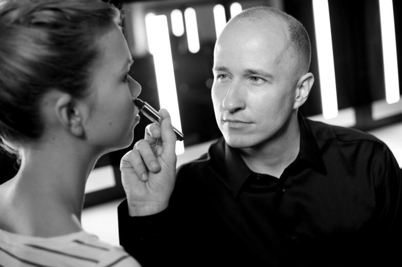 Визажист Yves Saint Laurent Beauté проведет мастер-классы в России
