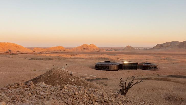 «Марсианский» парк в ОАЭ по проекту Hopkins Architects (фото 0)