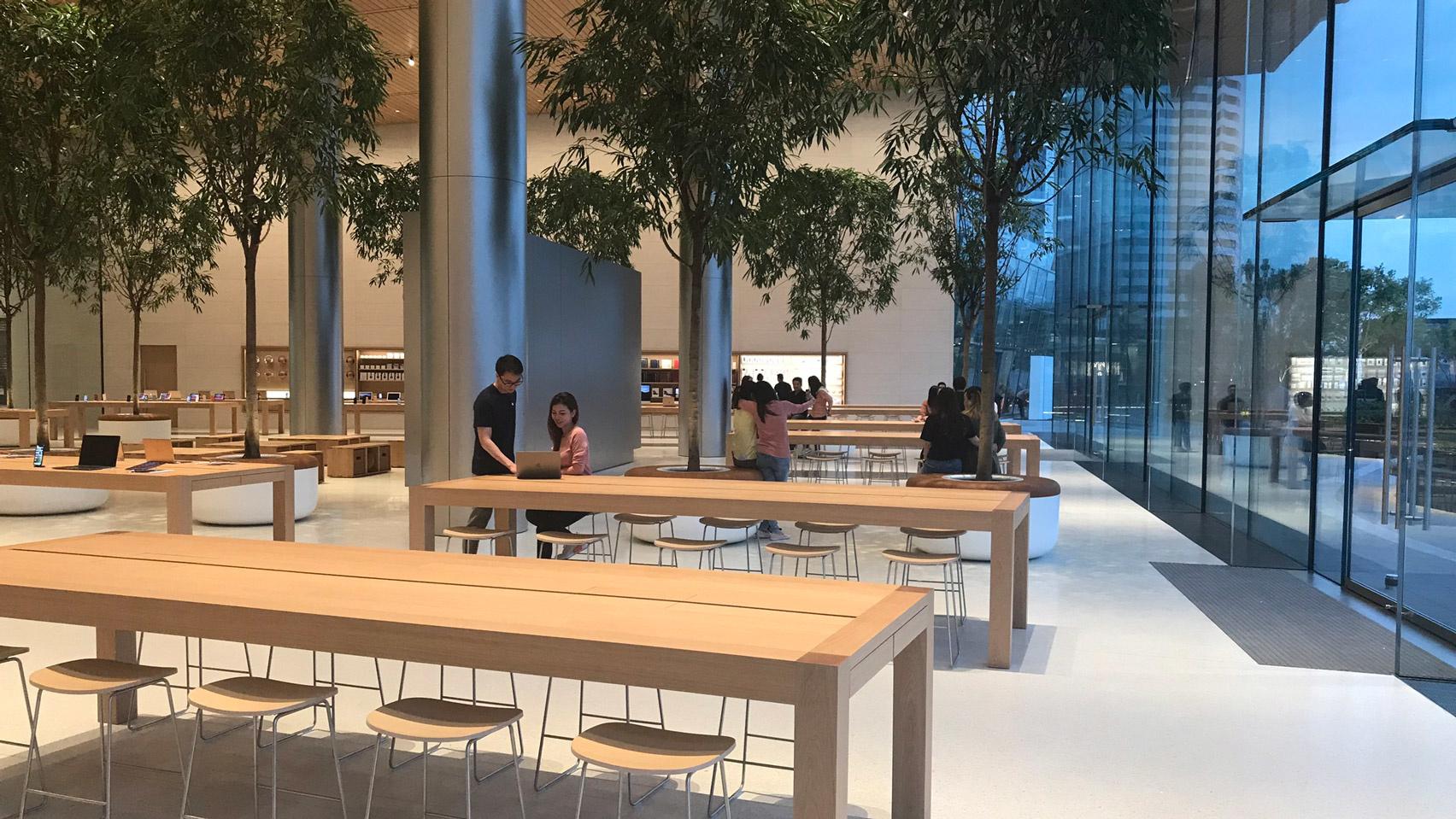 10 самых эффектных бутиков Apple (галерея 39, фото 1)