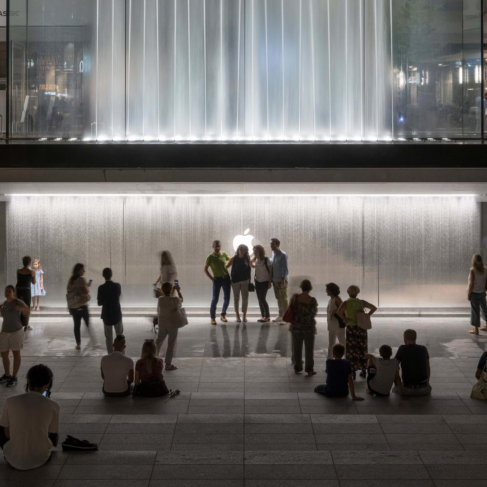 10 самых эффектных бутиков Apple (галерея 35, фото 4)