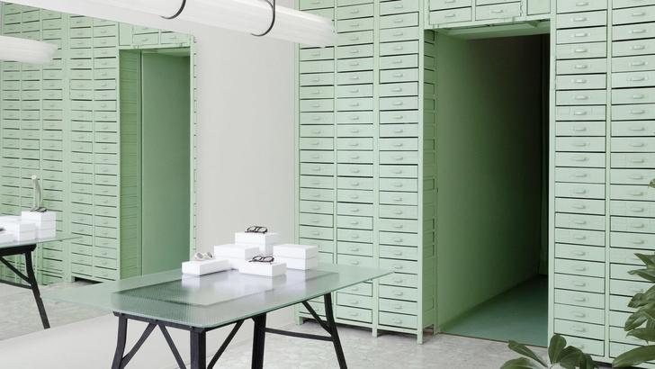 Мятно-зеленая оптика в Берлине по проекту Oskar Kohnen Studio (фото 2)