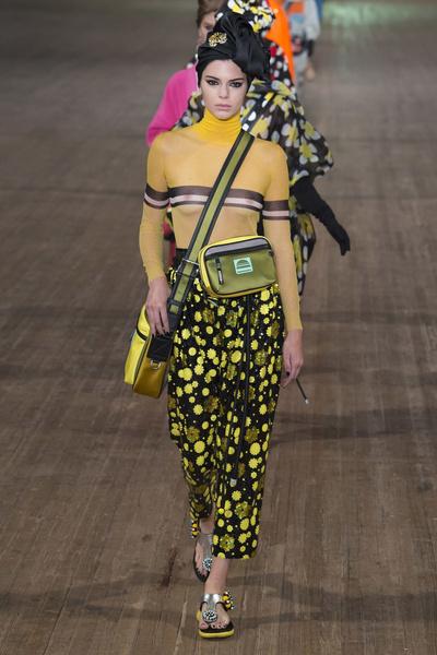 Комбо: поясная сумка + юбка ниже колена (галерея 1, фото 4)