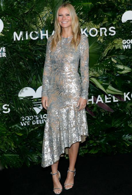 Серебряный век: Гвинет Пэлтроу в платье Michael Kors фото [2]